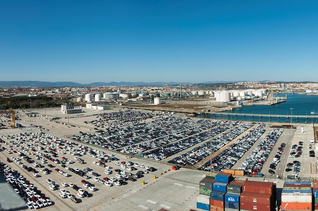 Tarragona se convierte en un puerto importante para la exportación de coches